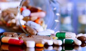 Какие антибиотики пить при стоматите у детей и взрослых и нужны ли они?