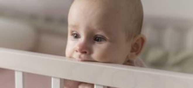 У ребенка болезненно режутся зубы: чем обезболить и как облегчить состояние?