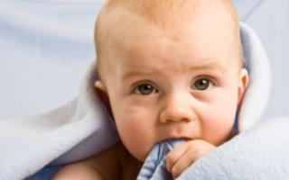 Сколько молочных зубов должно быть у ребенка в 10 месяцев, в 1, 2, 3, 4 года и 5 лет